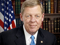 Image: Senator Johnny Isakson of Georgia