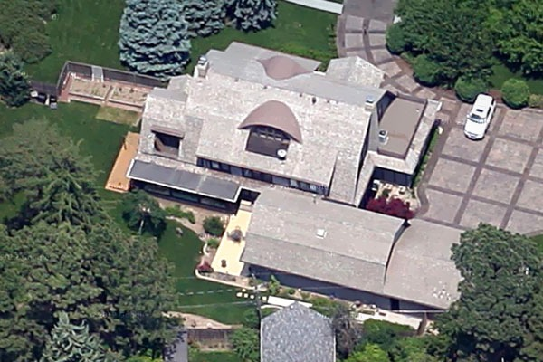The Homes Of Warren Buffett