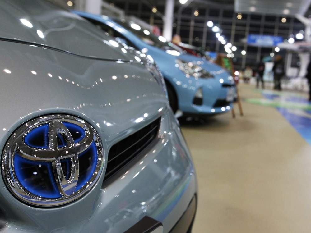 Toyota settlement over acceleration problems to top $1 billion - NBC
