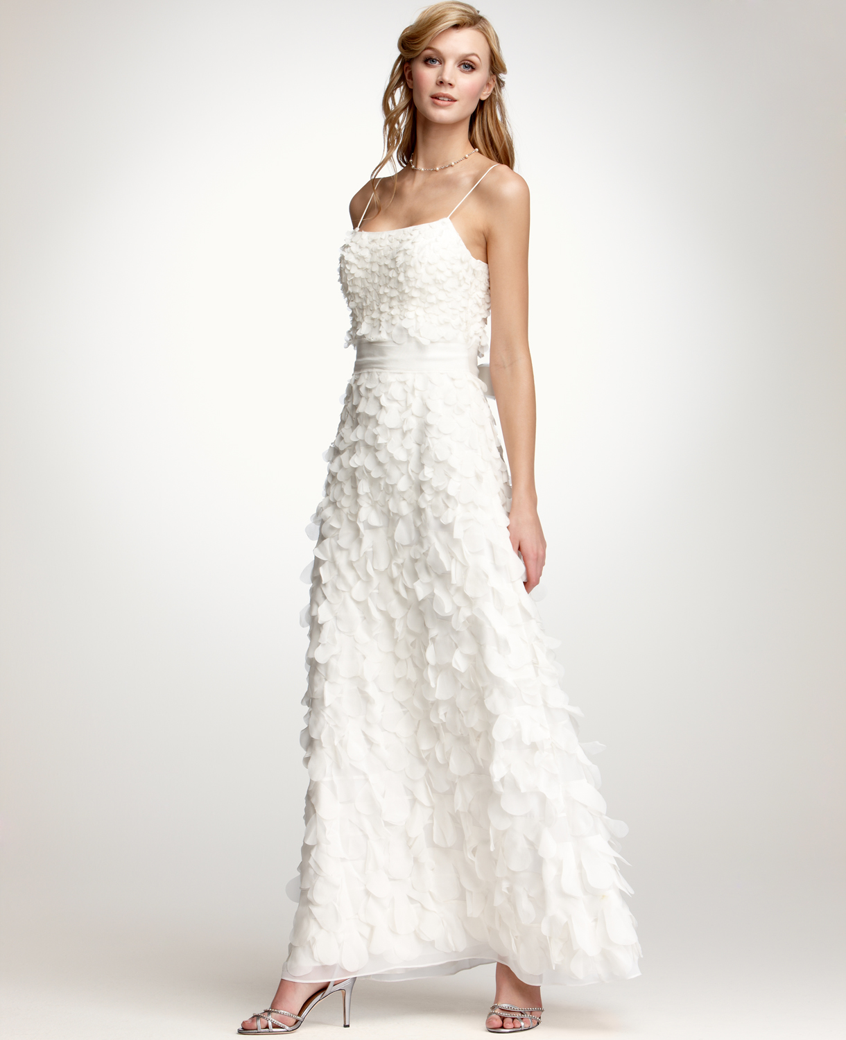5d4f74270456 Chic summer bridal gowns