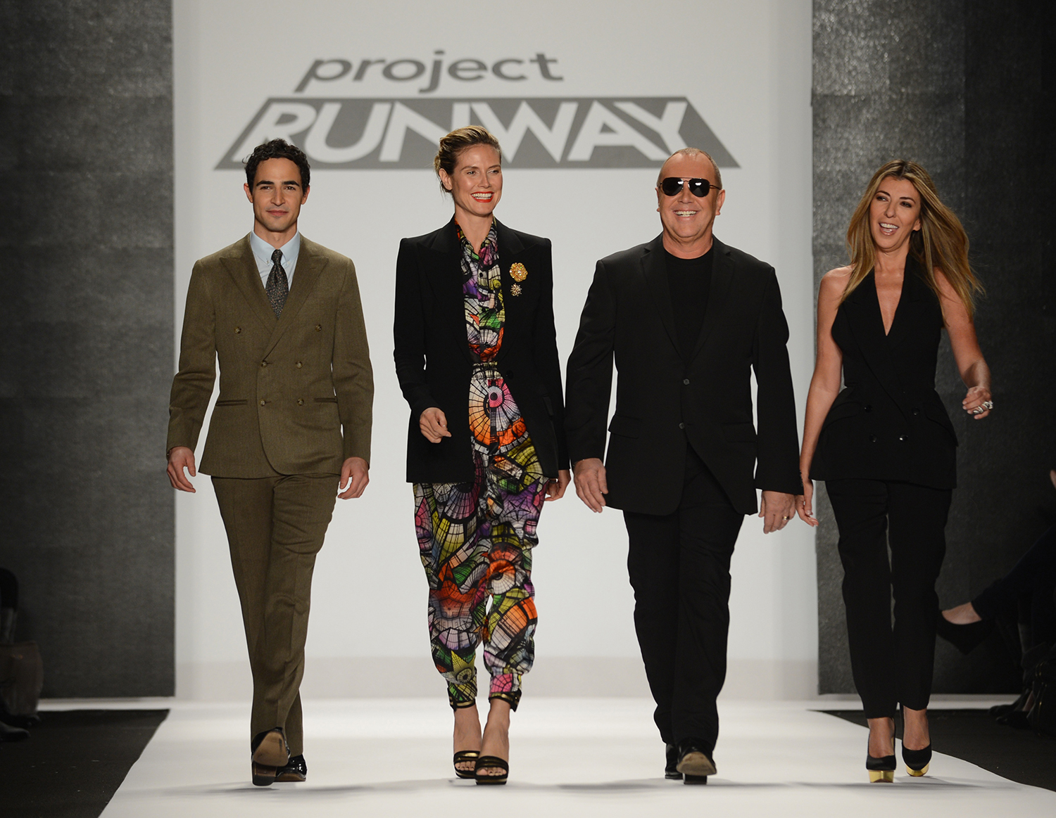 Fashion design reality tv show 92