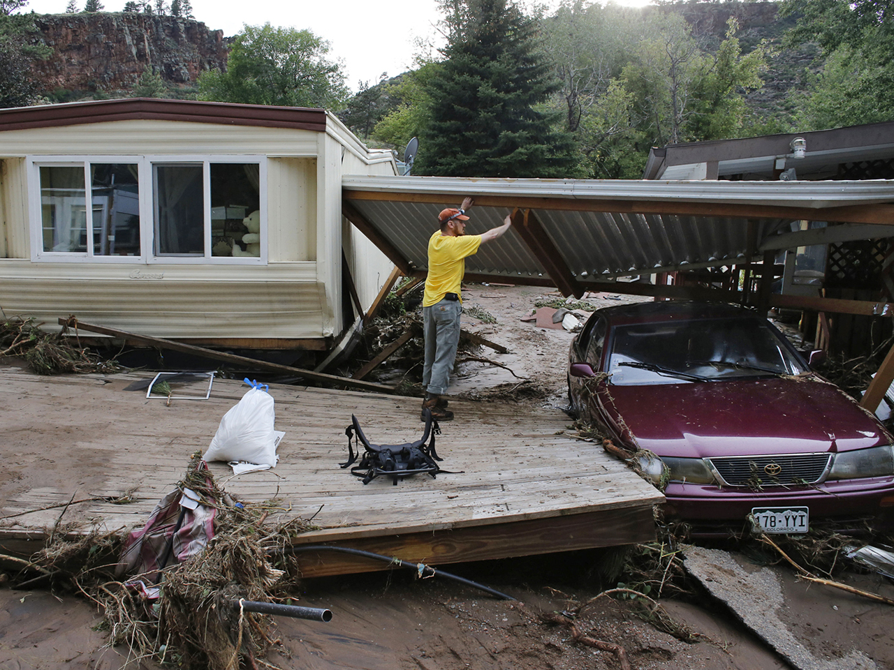 More heavy rain looms in flood-stricken Colorado; 4 now confirmed dead