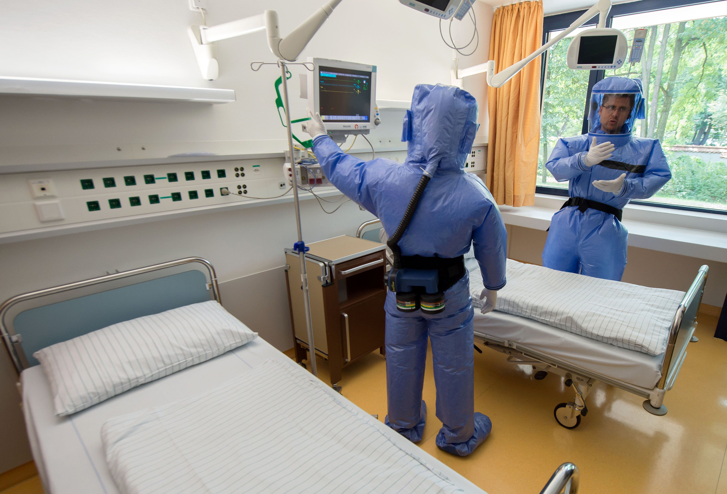 Step Inside Infectious Disease Ward Where Doctors Will ...