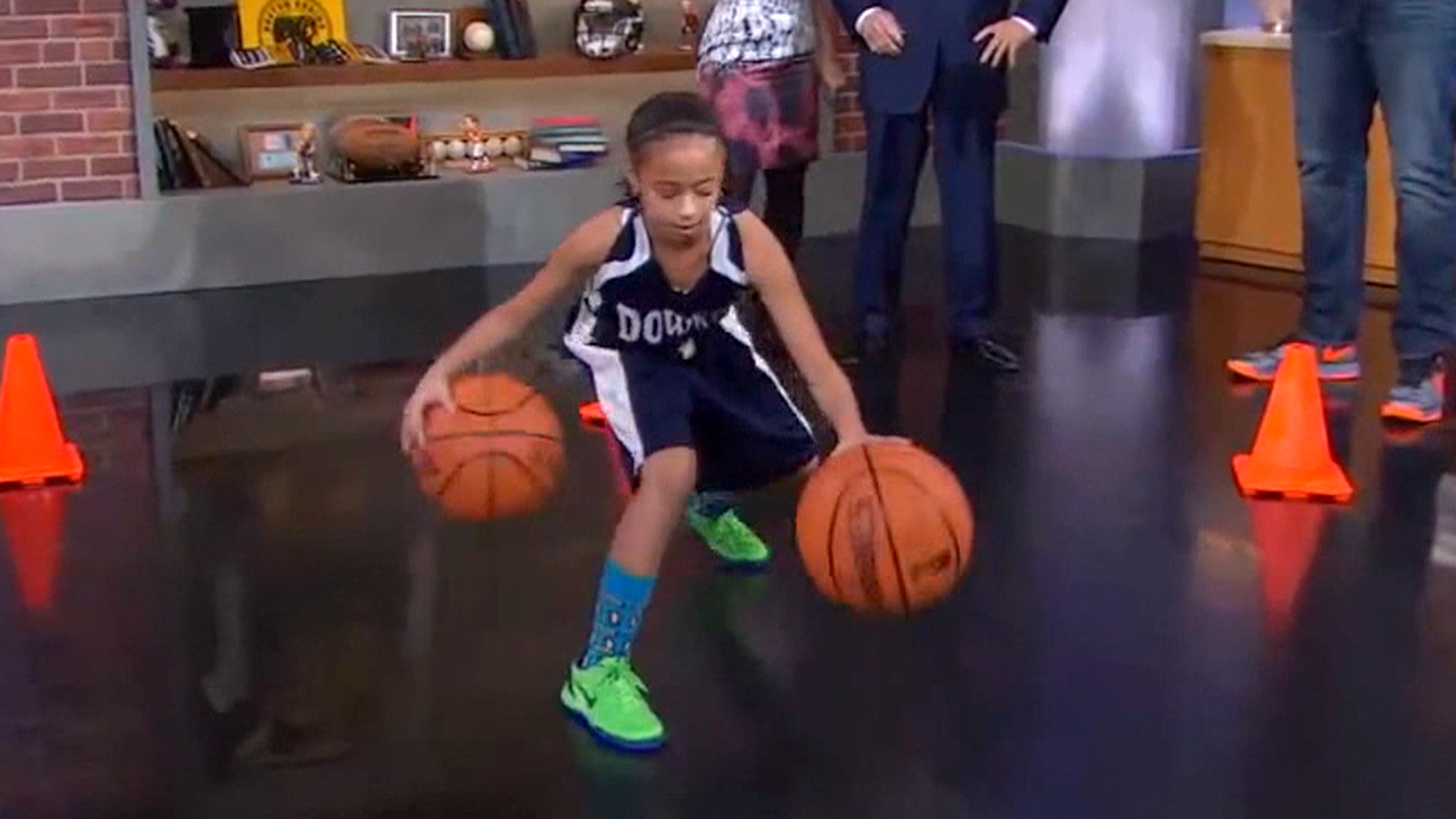 Ballin 9 Year Old Girl Recruited By University Of Miami Basketball