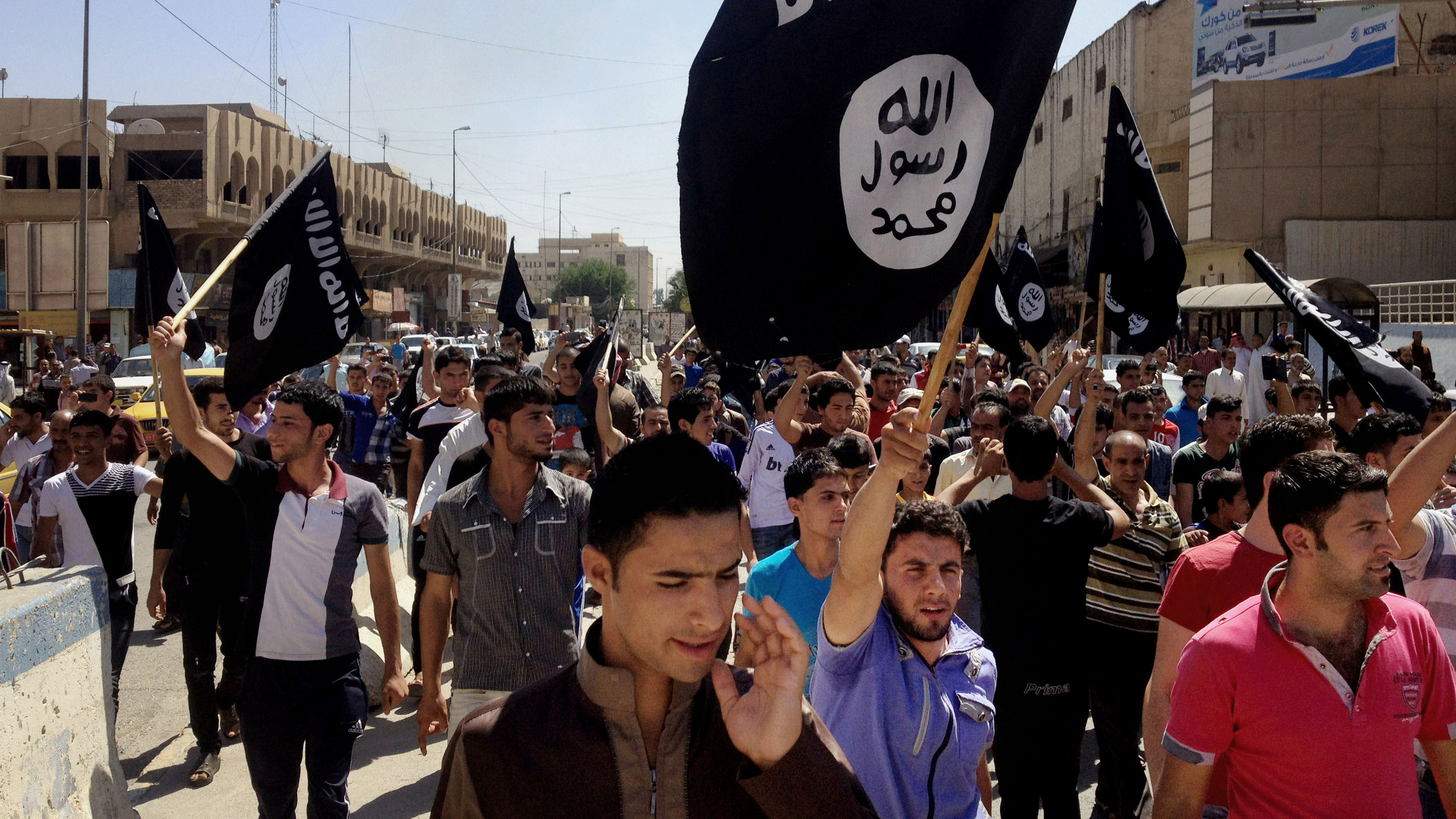 ISIS Extremists Line Up and Execute 50: Iraqi Officials