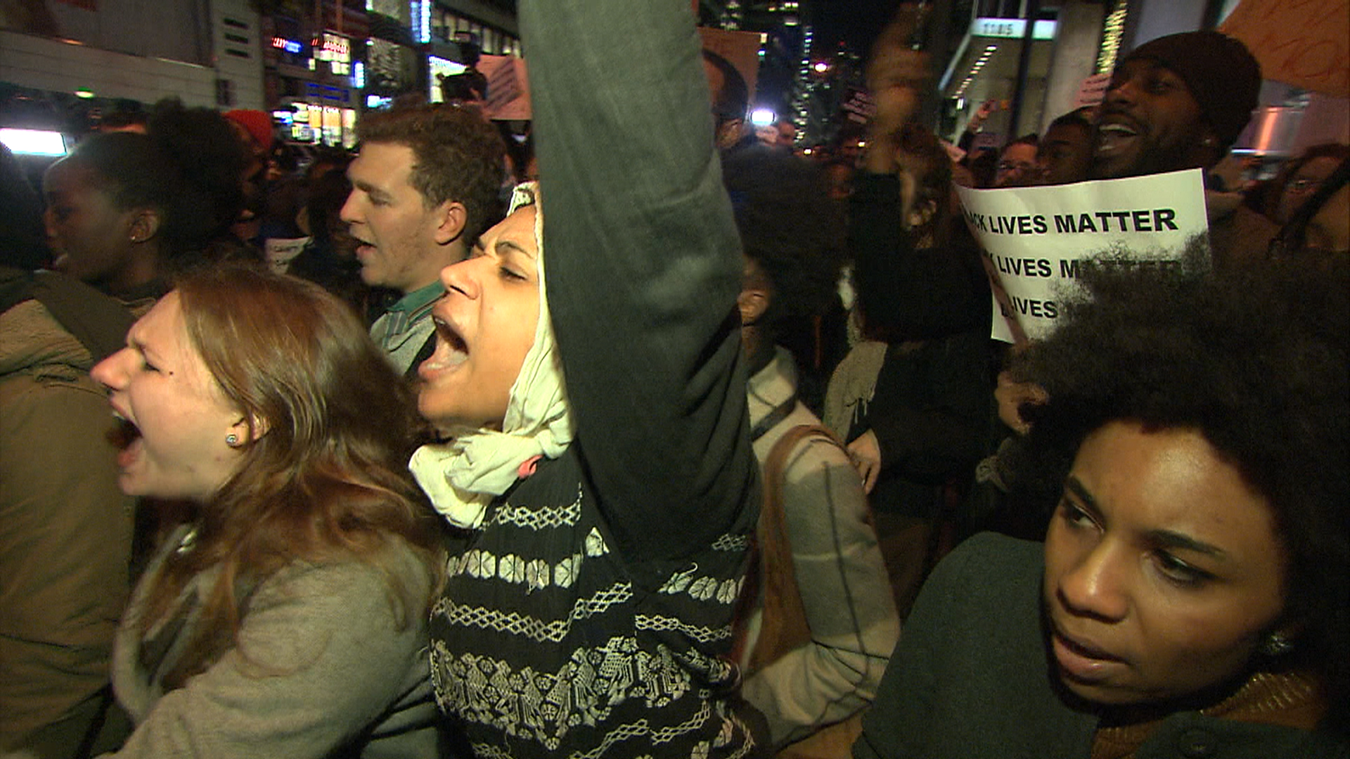 Protests Erupt After Cop in Eric Garner Chokehold Death Not Indicted