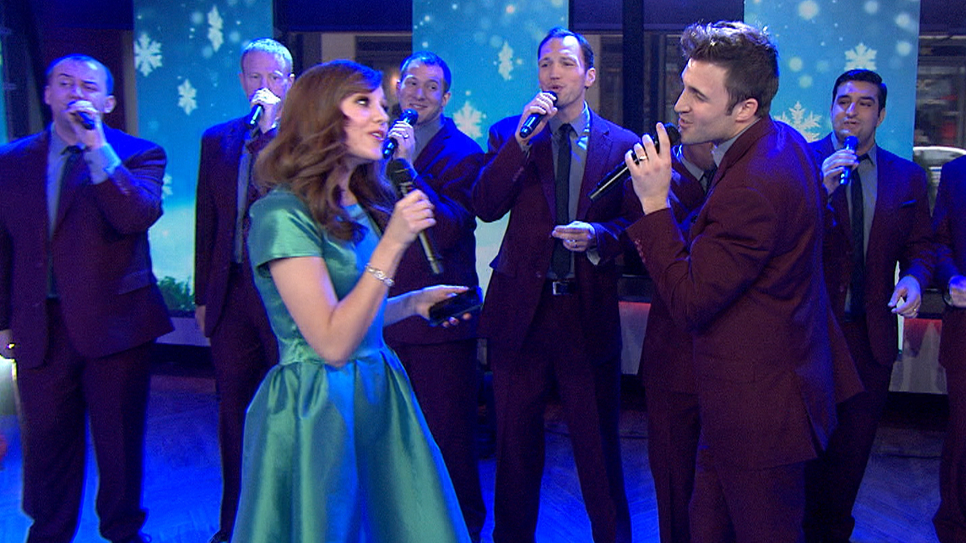 Straight No Chaser performs 'Text Me Merry Christmas' - TODAY.com