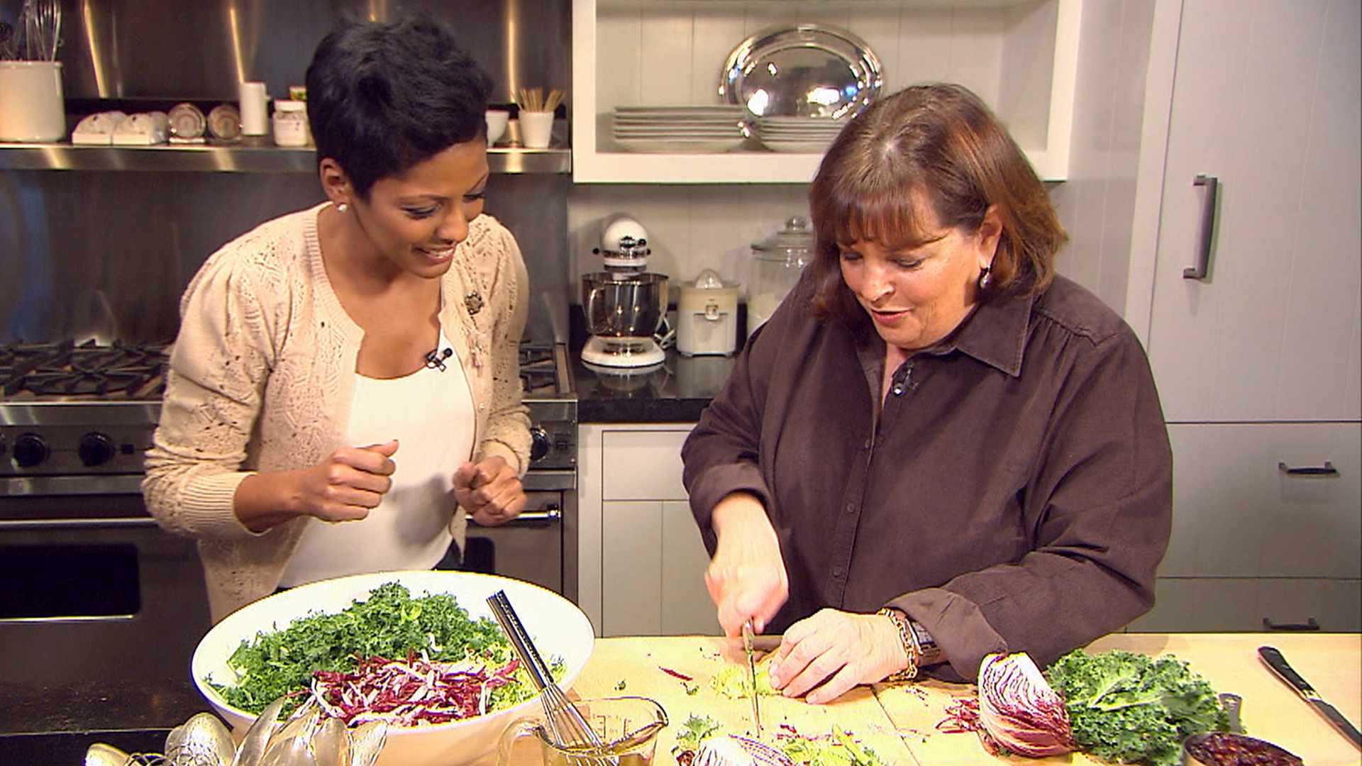 Cook up barefoot contessa and tamron hall 39 s perfect holiday meal - Ina garten tv show ...