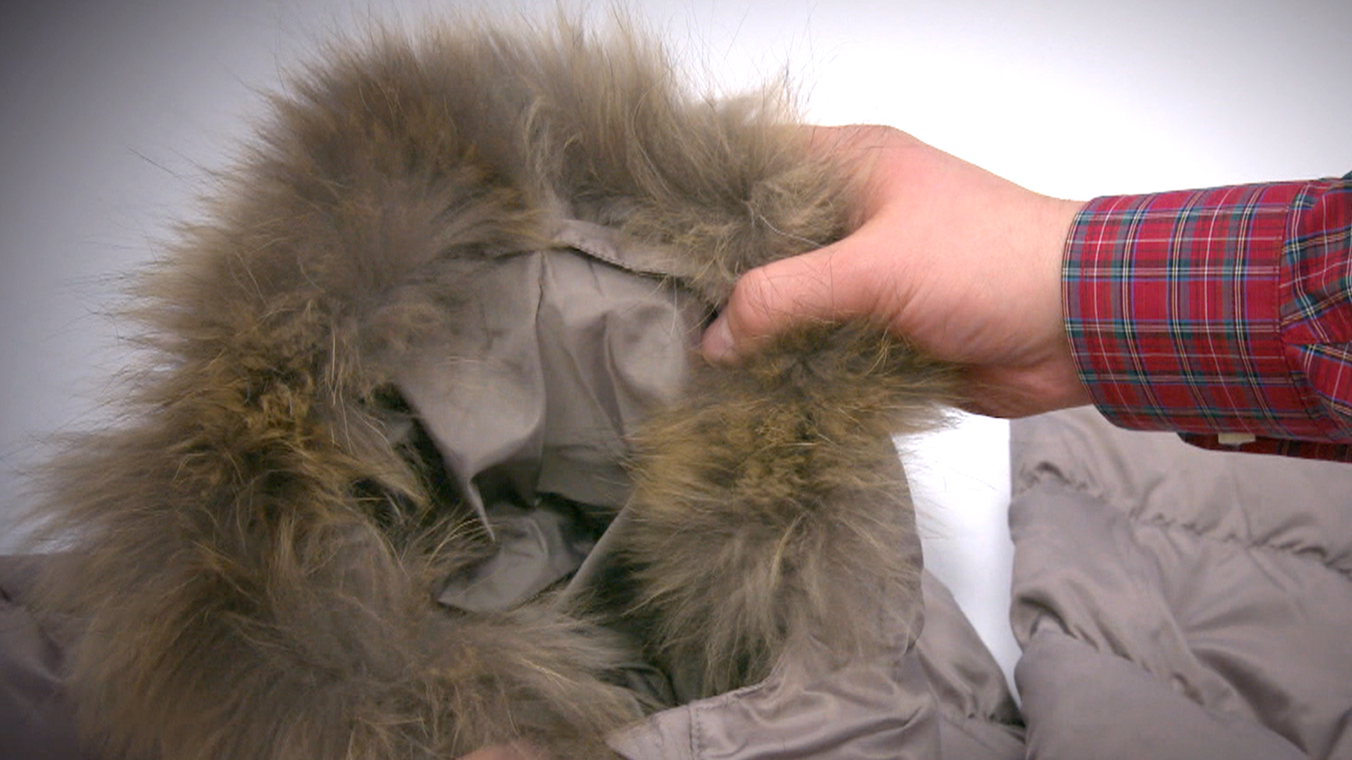 Rossen Reports Some Faux Fur Sold In Stores Comes From