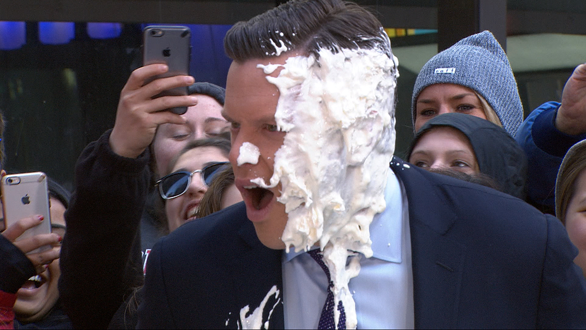 how to get a pie in the face