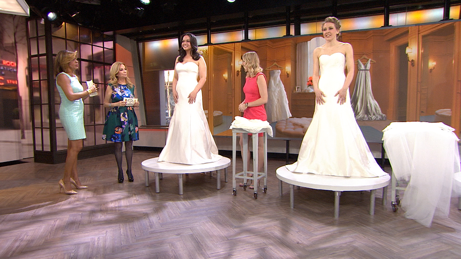 Simple Wedding Dresses Whitney Deal Bridal Gown 2: 3-in-1 Wedding Dress: Easy Add-ons For A Perfect