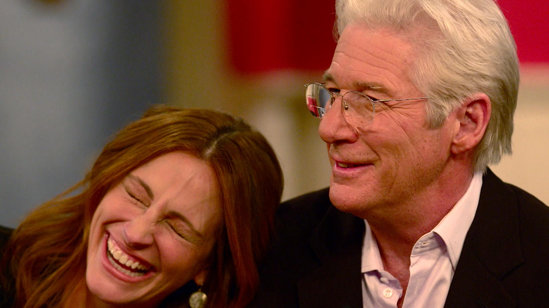 Julia Roberts, Richard Gere re-create iconic 'Pretty Woman ...