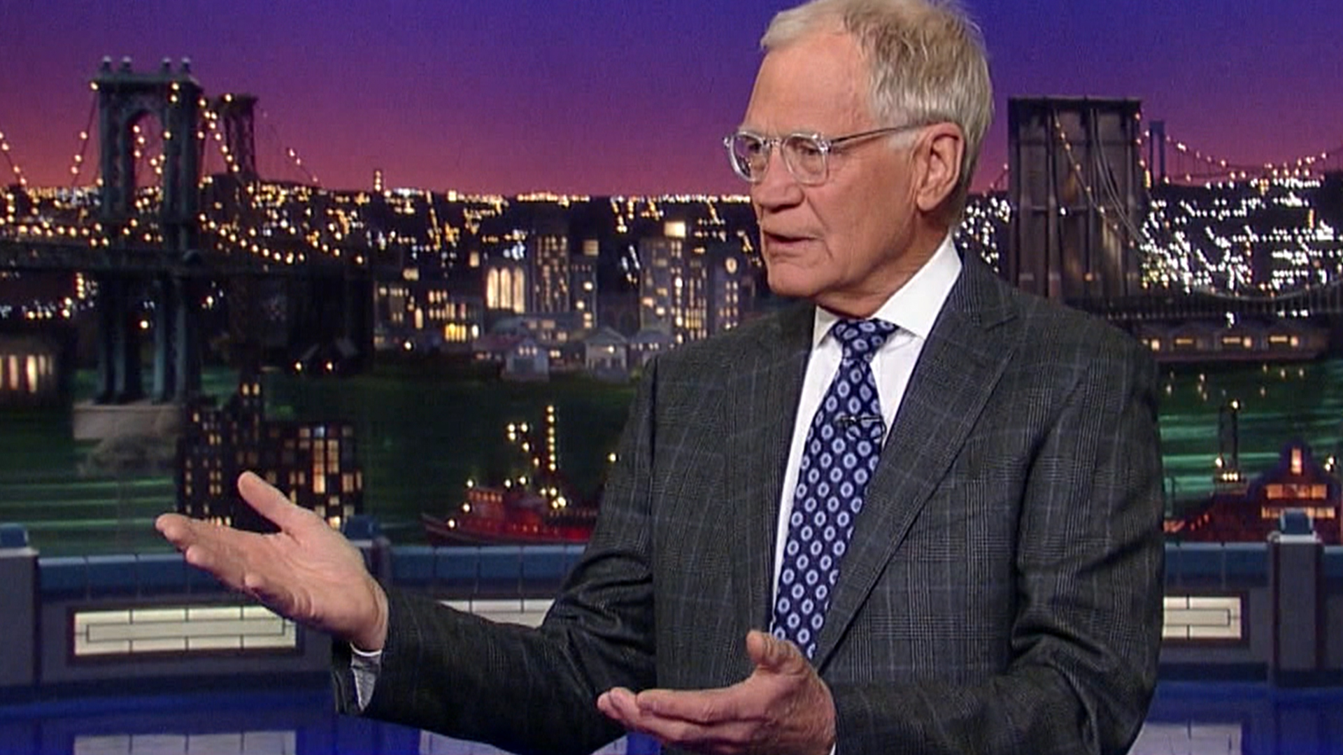david letterman flirting 2 10 things about letterman's wedding funnyman david letterman tied the knot with two days before he said i do, dave was kissing and flirting with.