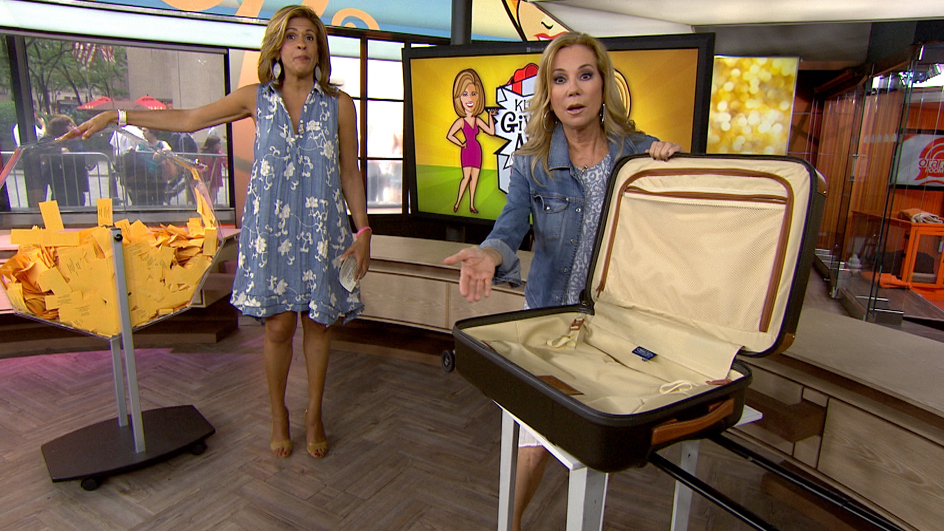 kathie lee and hoda are sending a lucky klg hoda give away a spinning carry on bag to lucky