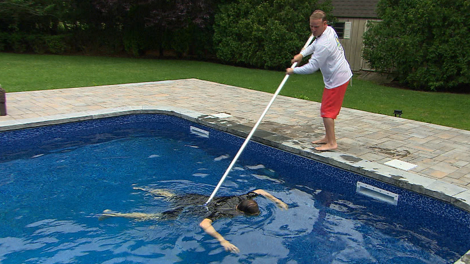 How to save the life of someone who's drowning - TODAY.com