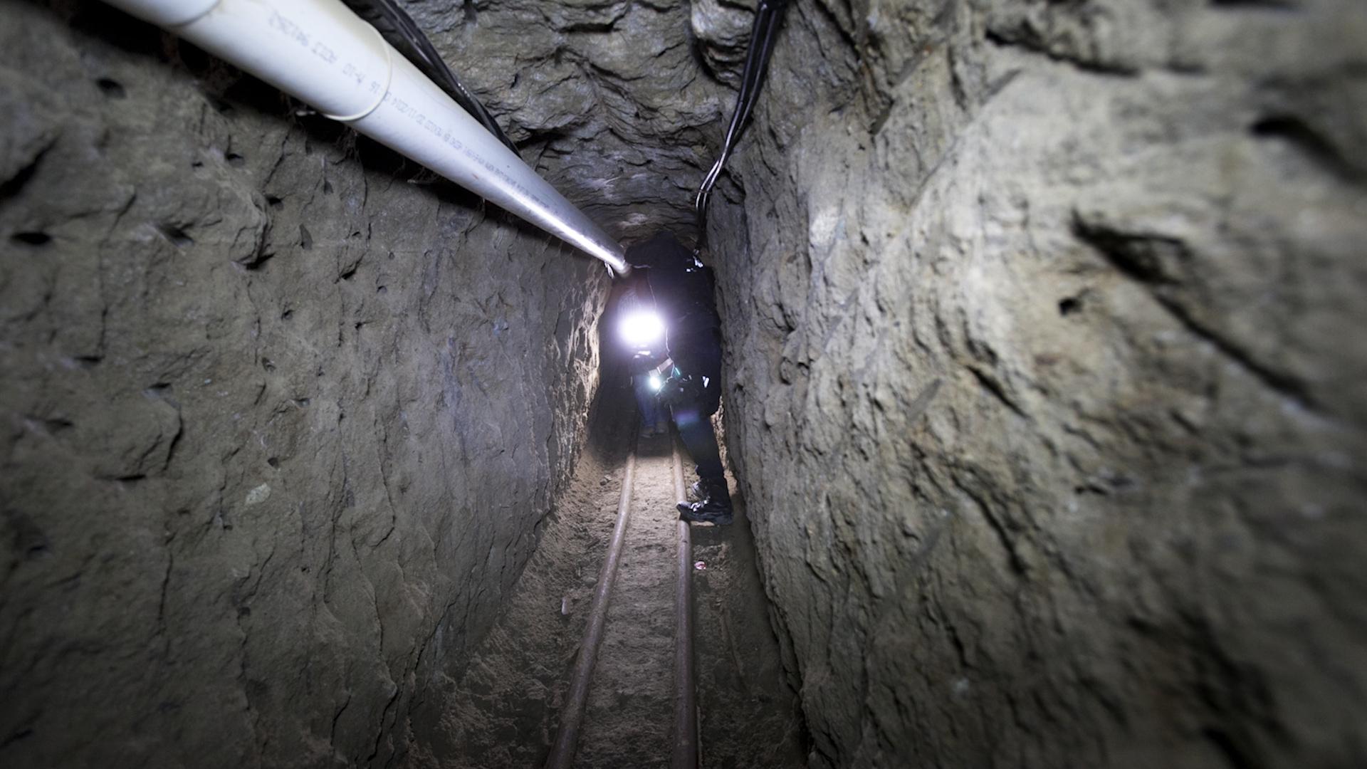 go deeper inside el chapo u2019s escape tunnel