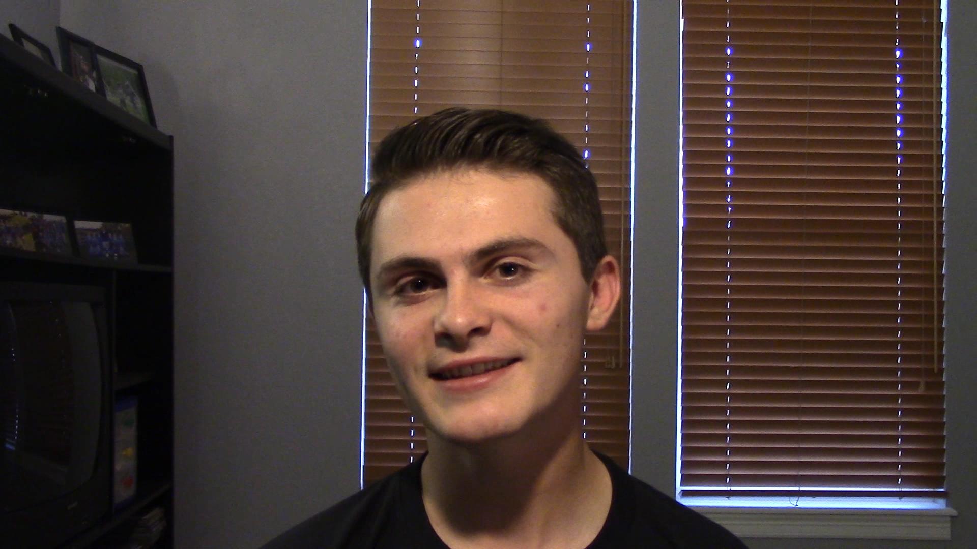 Freshman in college dating junior