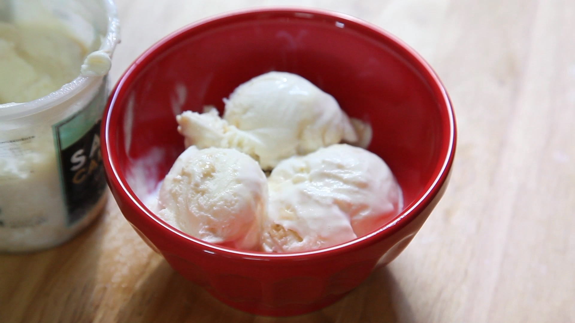 Peel hard-boiled eggs the easy way - TODAY.com