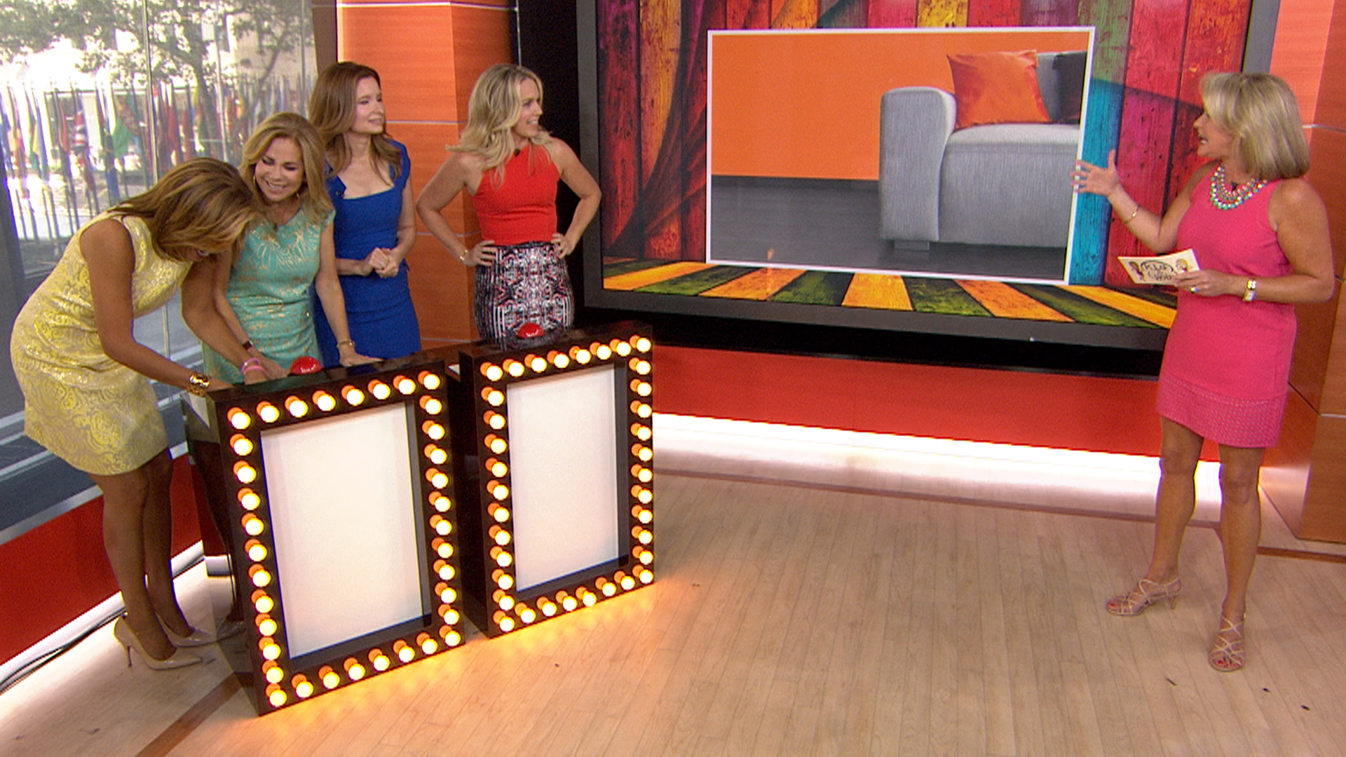 Playing House Stars Tackle A Colorful Home Design Quiz