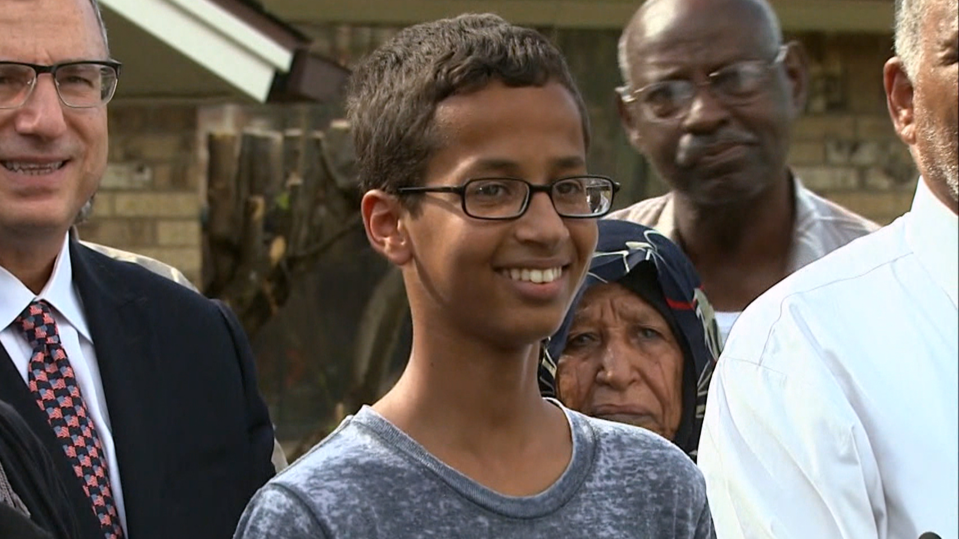 Ahmed Mohamed, Teen Cuffed Over Homemade Clock, Eyes MIT