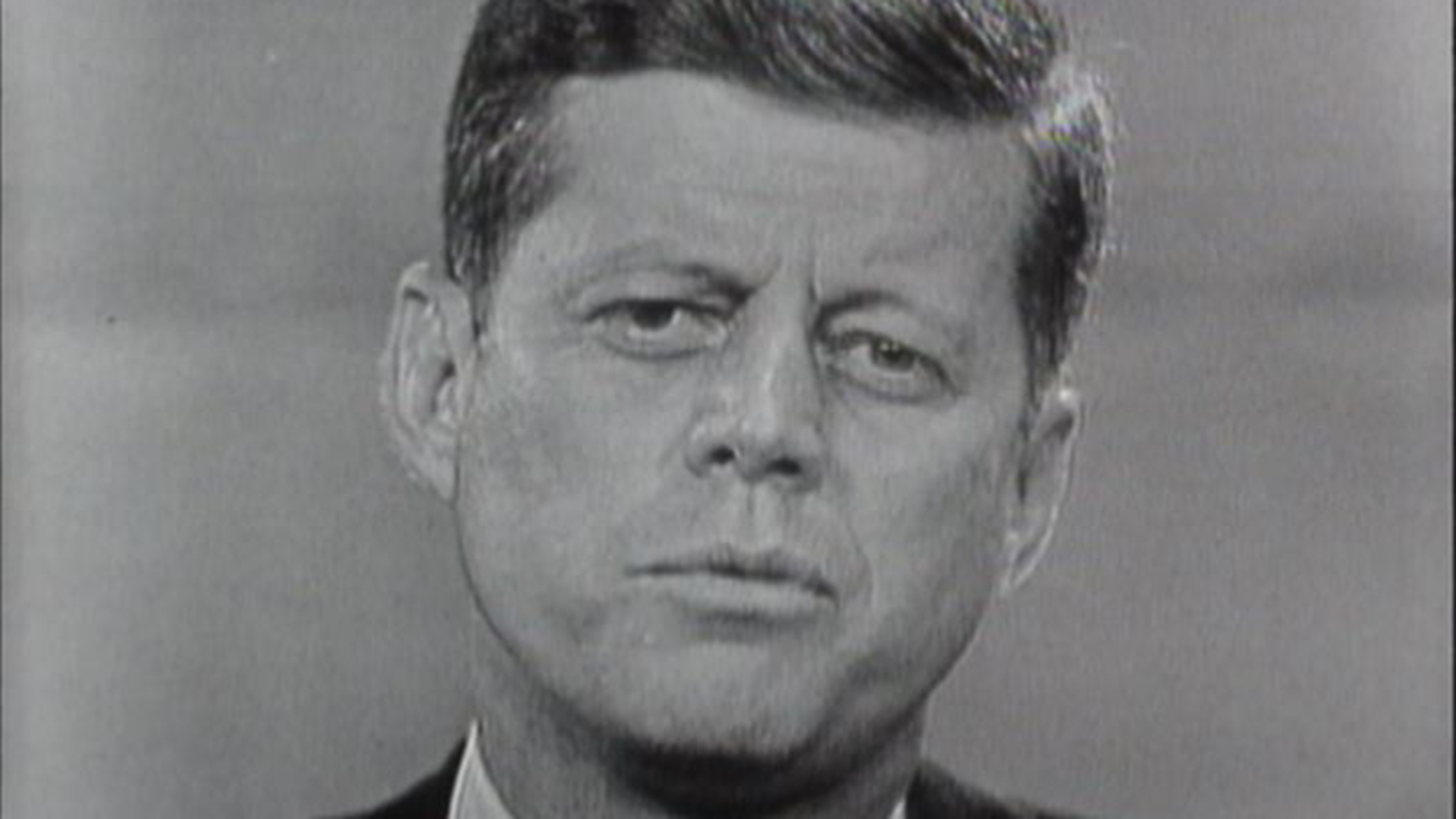 kennedy vs nxon An essay in the left-leaning journal the nation outlines kennedy's favorable attitudes toward nixon, and the ways in which jfk distanced himself from the more liberal wing of his party.
