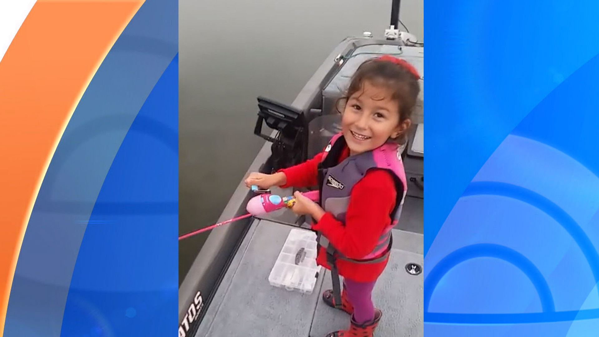 Watch little girl hooks a big fish with barbie fishing for Barbie fishing pole