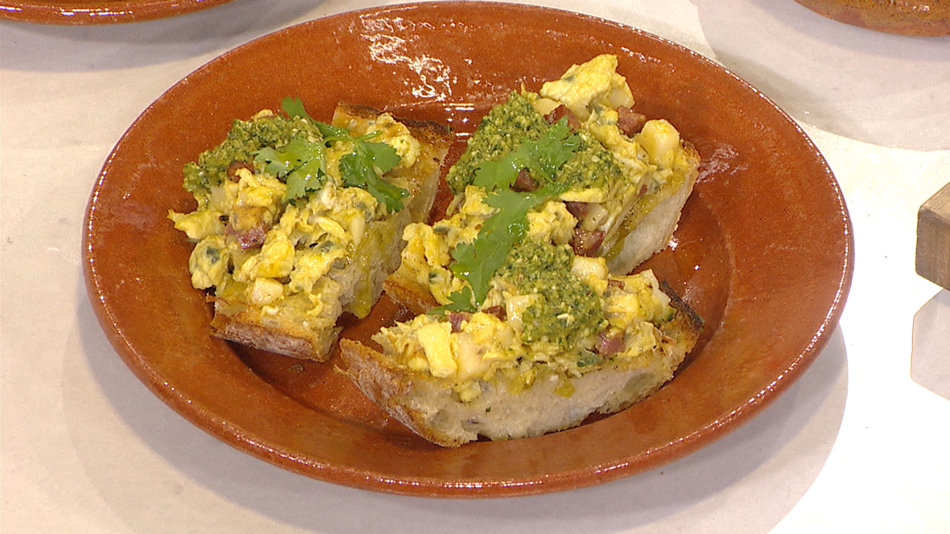 Bobby flay whips up best ever brunch recipes for Brunch with bobby recipes