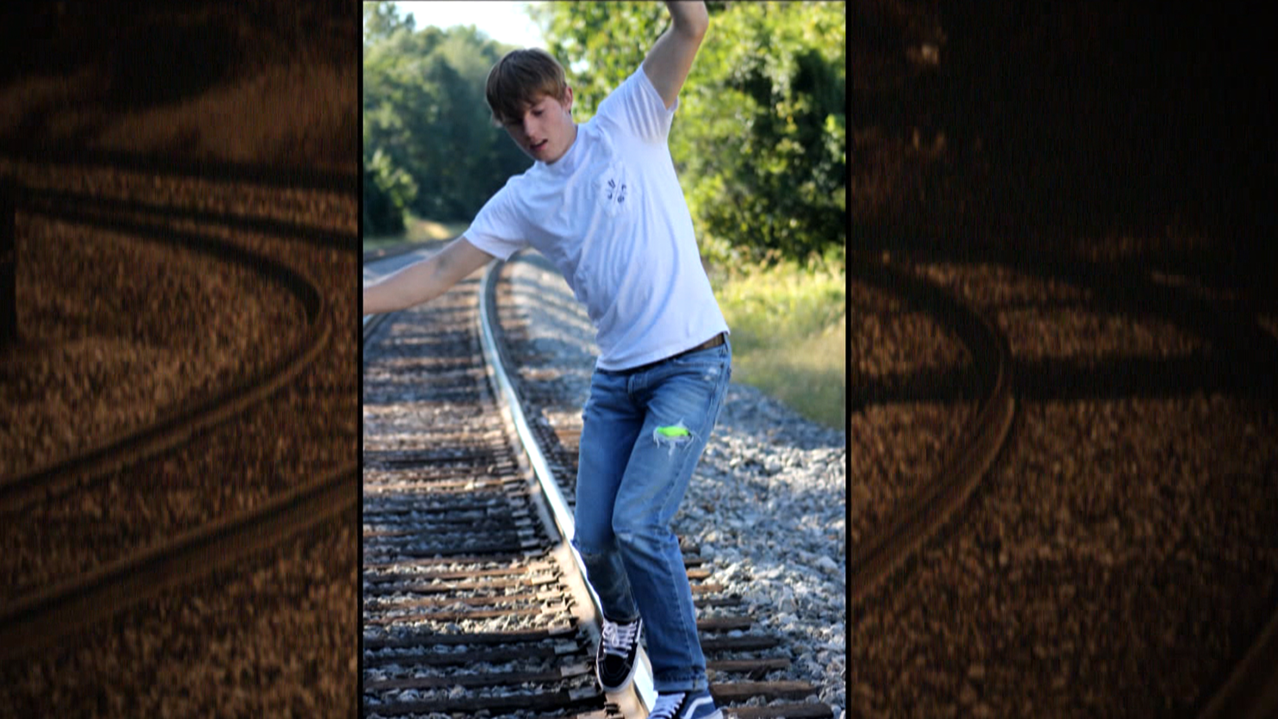 Taking Selfies On Train Tracks Dangerous New Trend Is