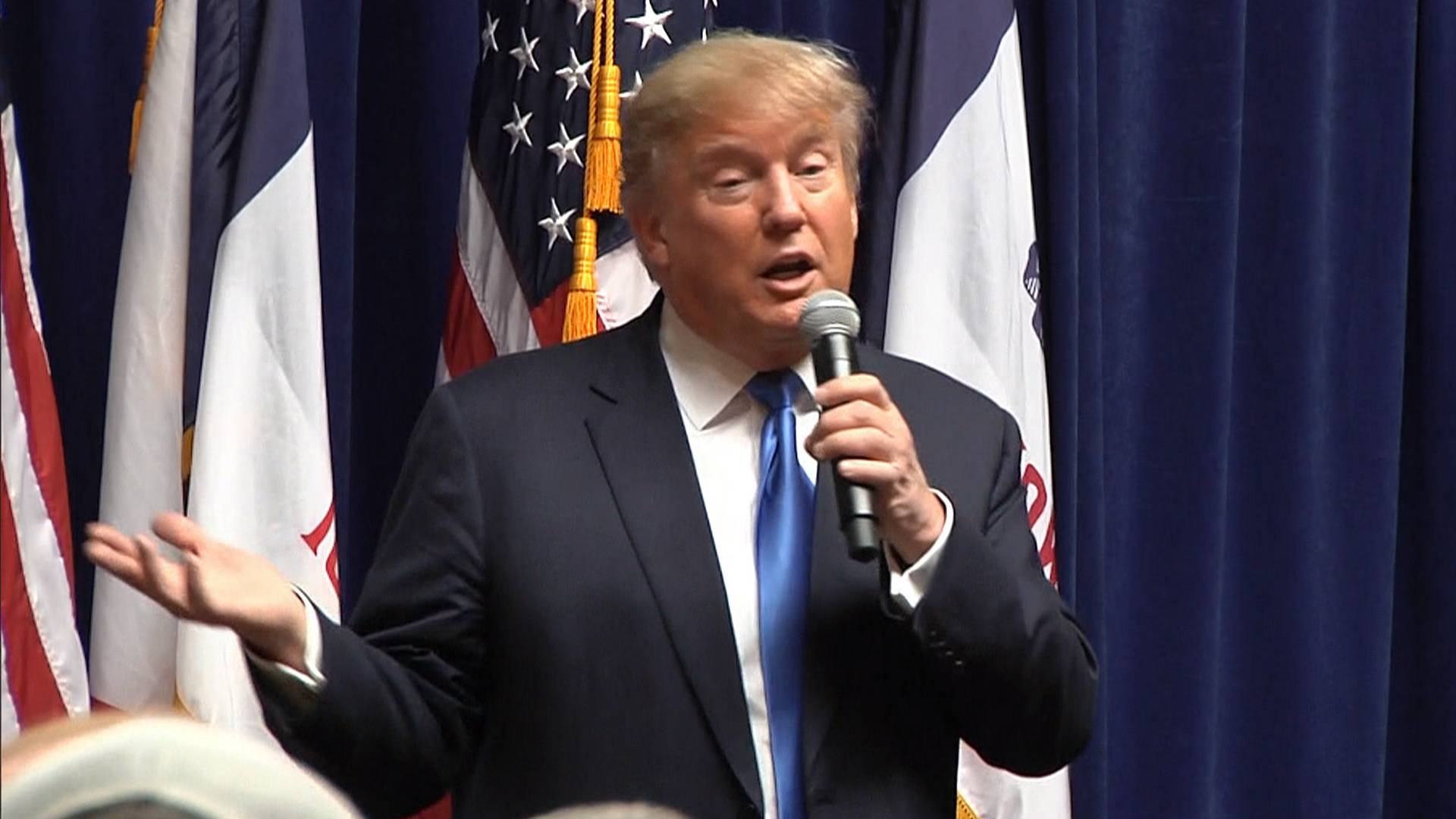 Donald Trump Booed by Conservative Crowd After Attacks on Ted Cruz