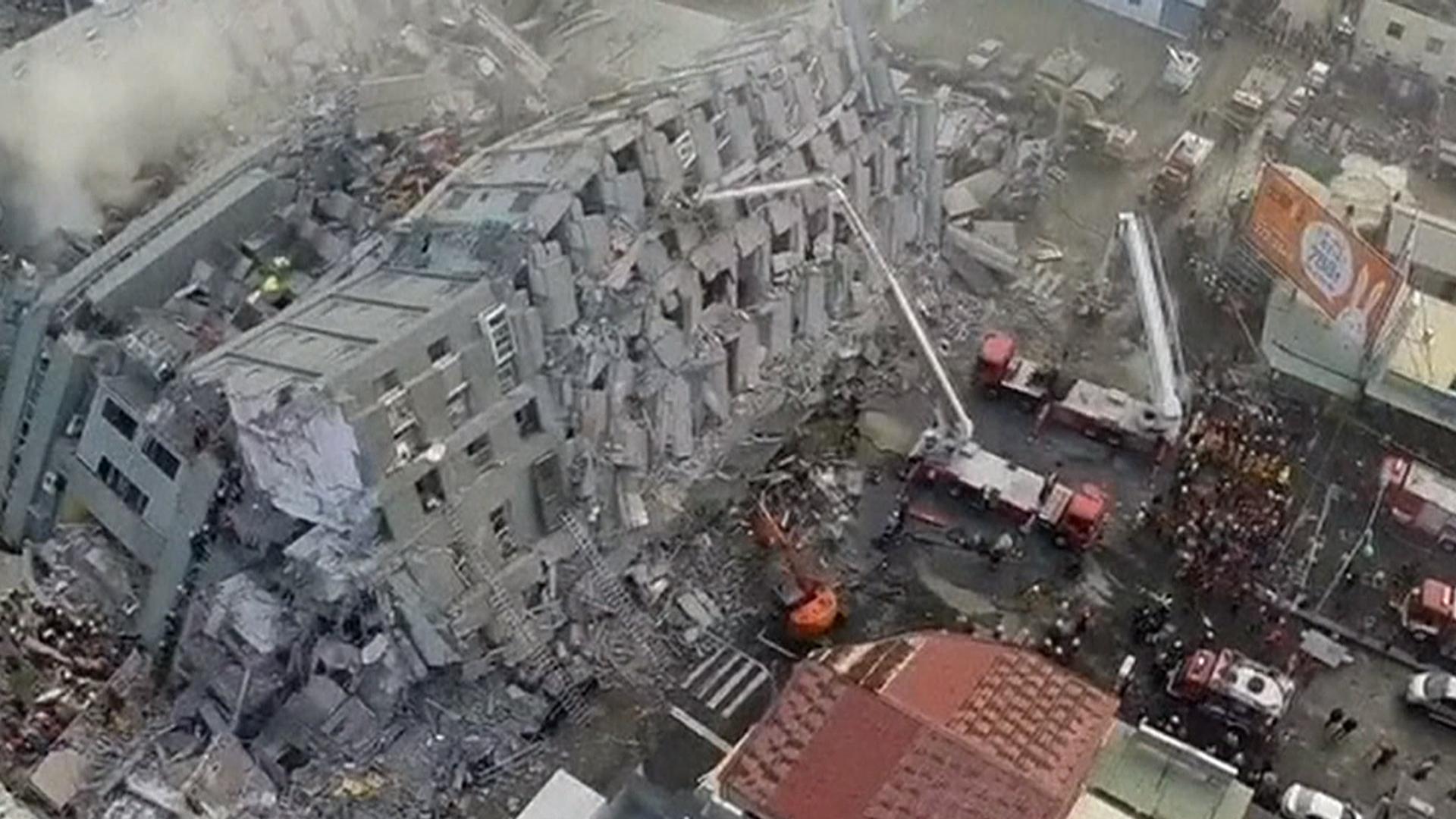 Deadly 6 4 Magnitude Earthquake Strikes Taiwan