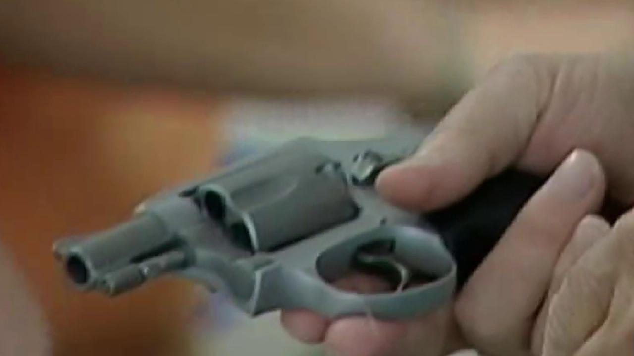 President Obama makes 'smart gun' push