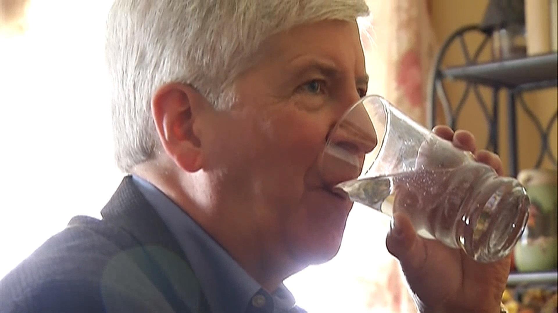 Snyder: I'll drink Flint water for 1 month