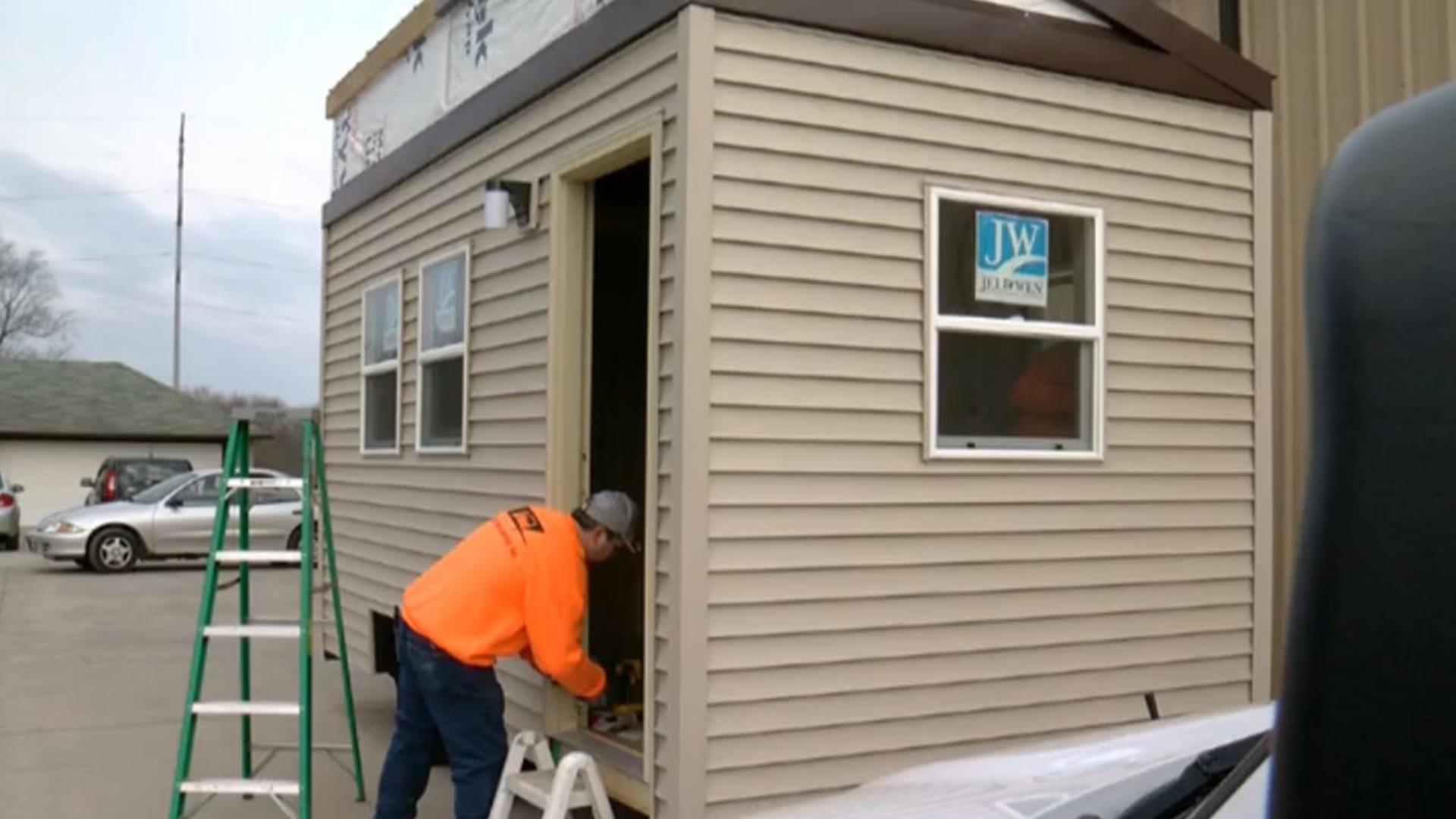 homeless veterans to get tiny houses