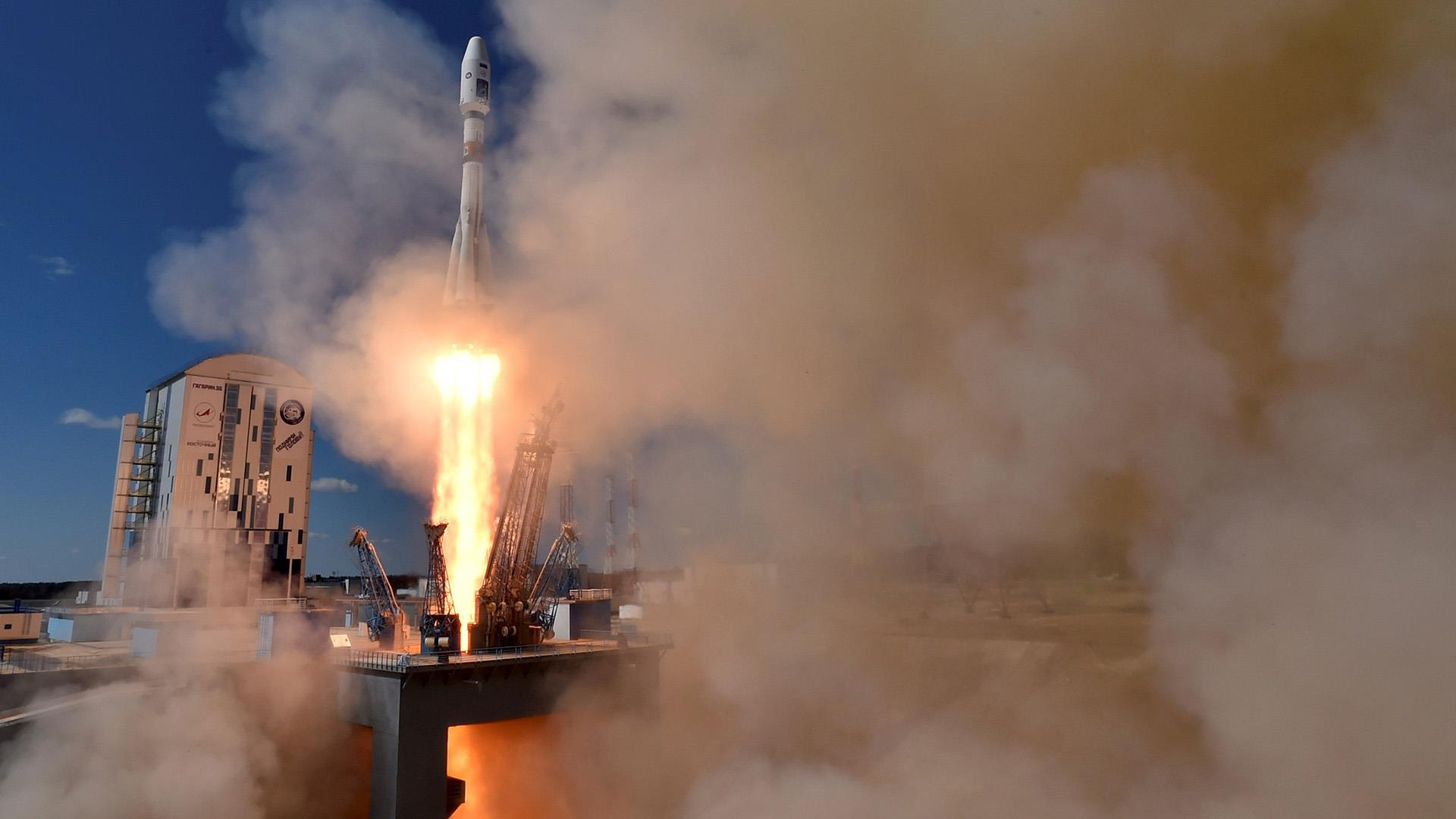 Watch Inaugural Launch From Russia's New Spaceport