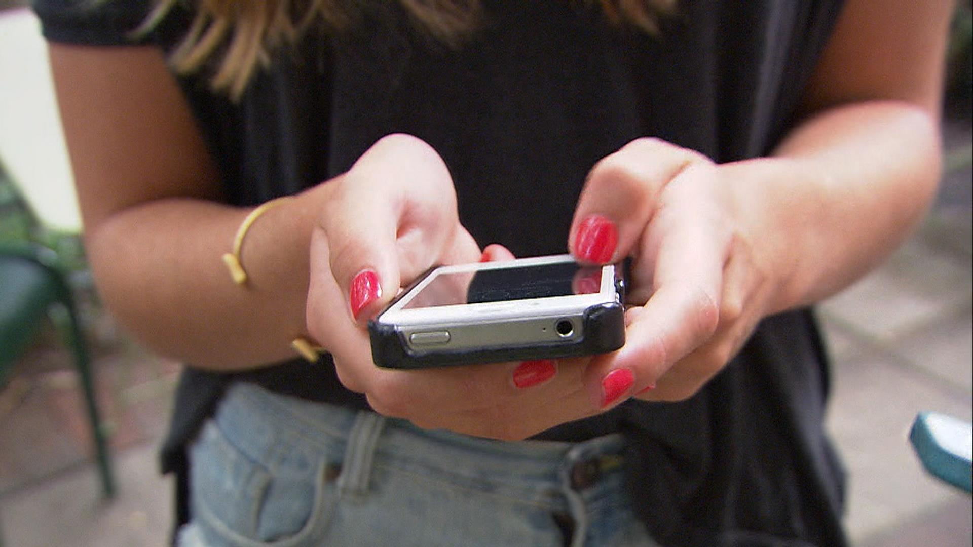 essay on teenagers hooked on to new gadgets