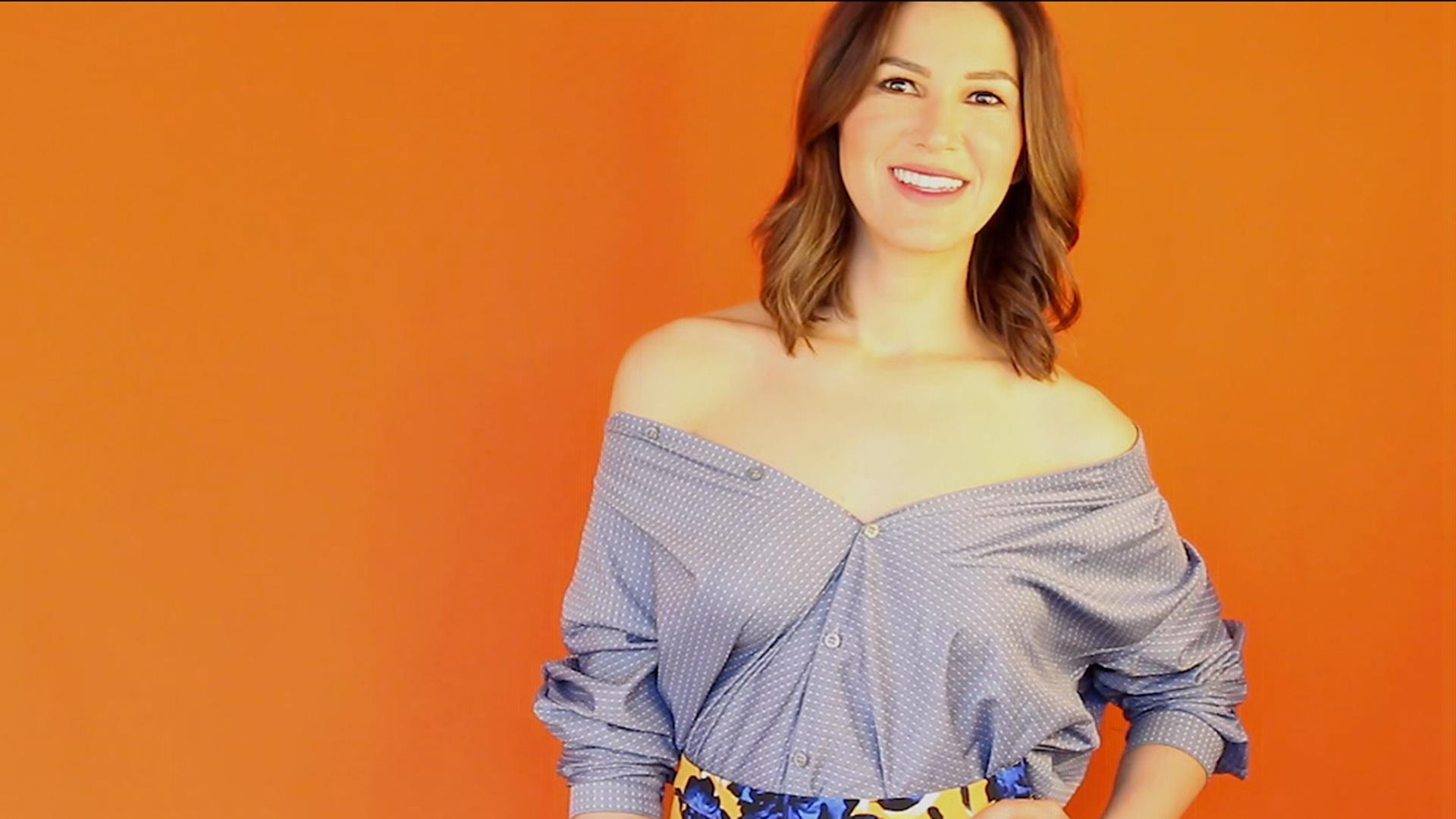 a5f78aff8b32ac Learn how to DIY an off-the-shoulder shirt