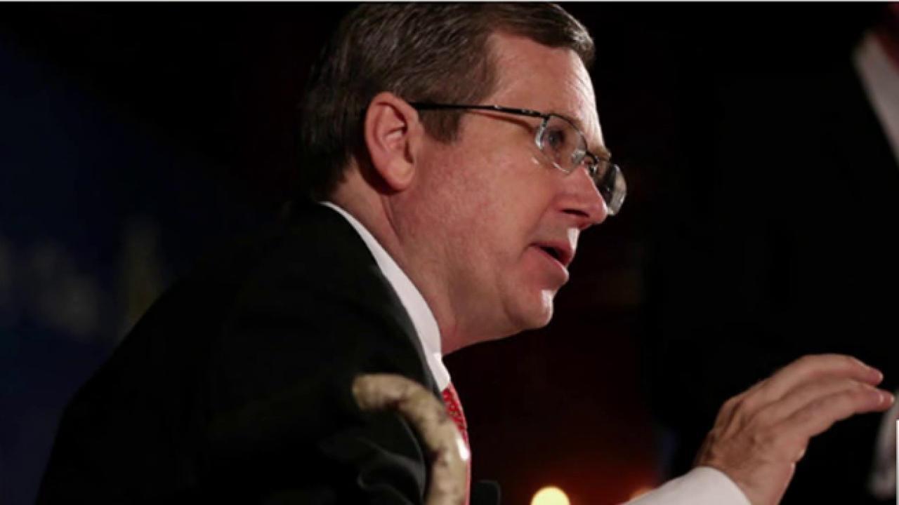 Sen. Mark Kirk revokes Trump endorsement