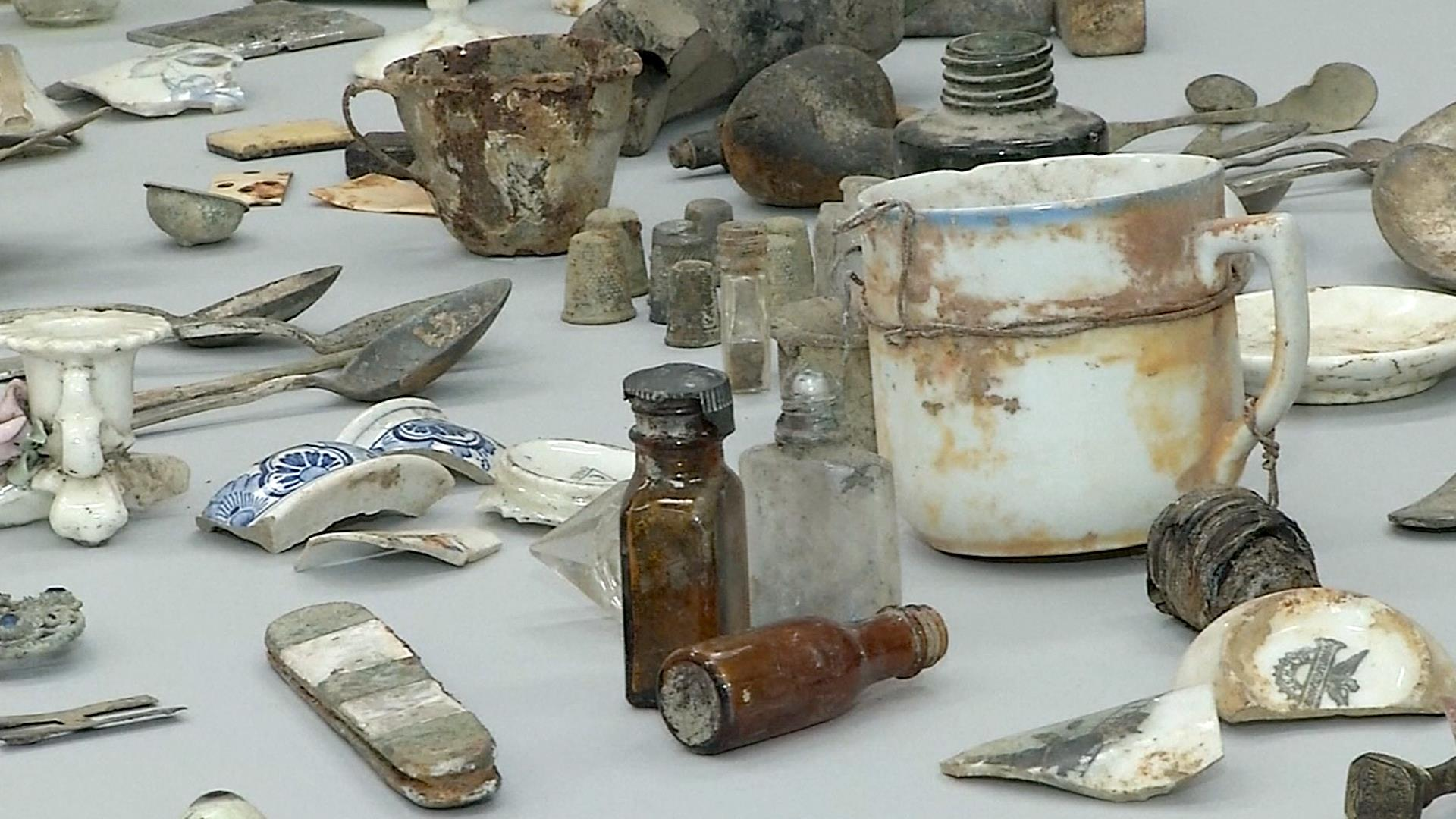 16 000 Belongings Of Auschwitz Victims Rediscovered Nbc News