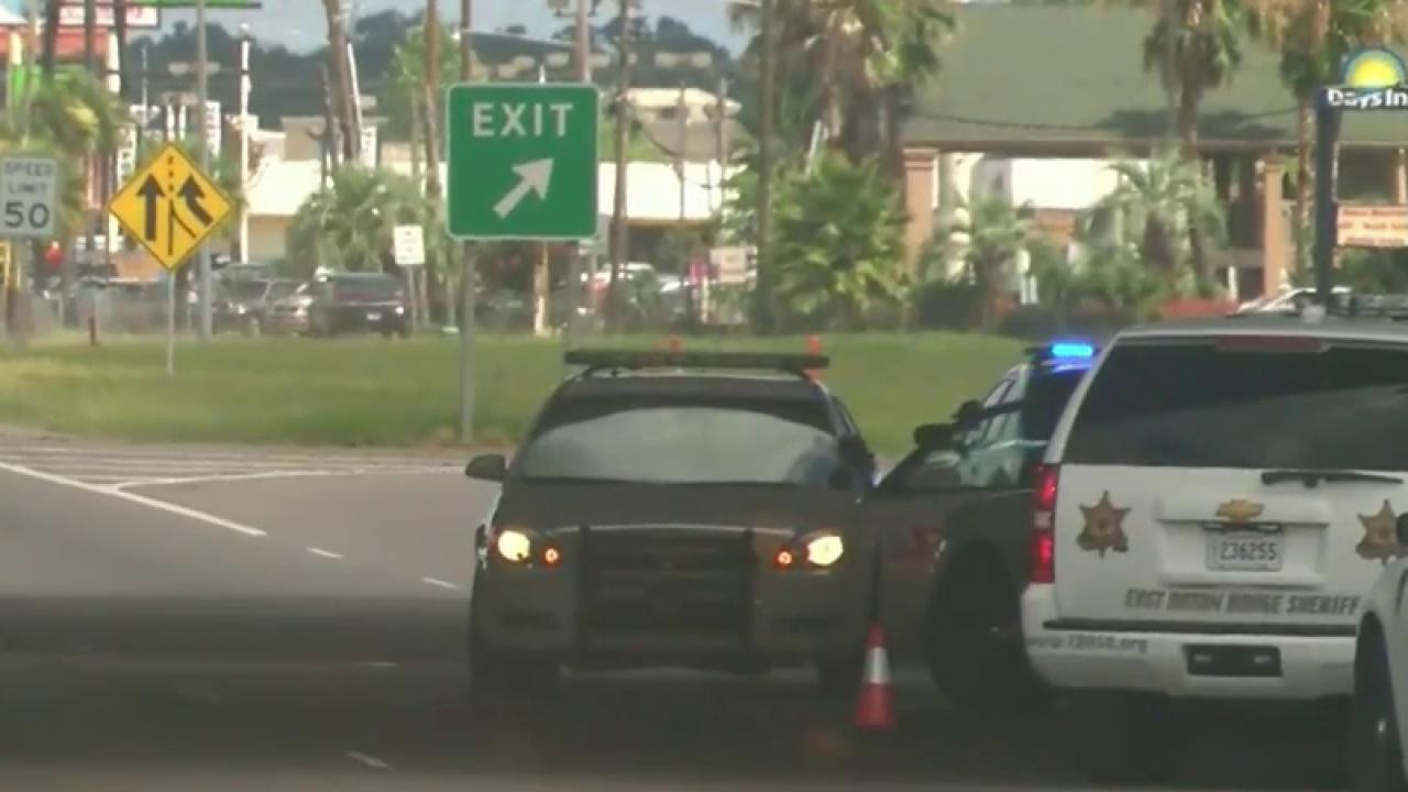 Eyewitness: Suspect wore black mask,...