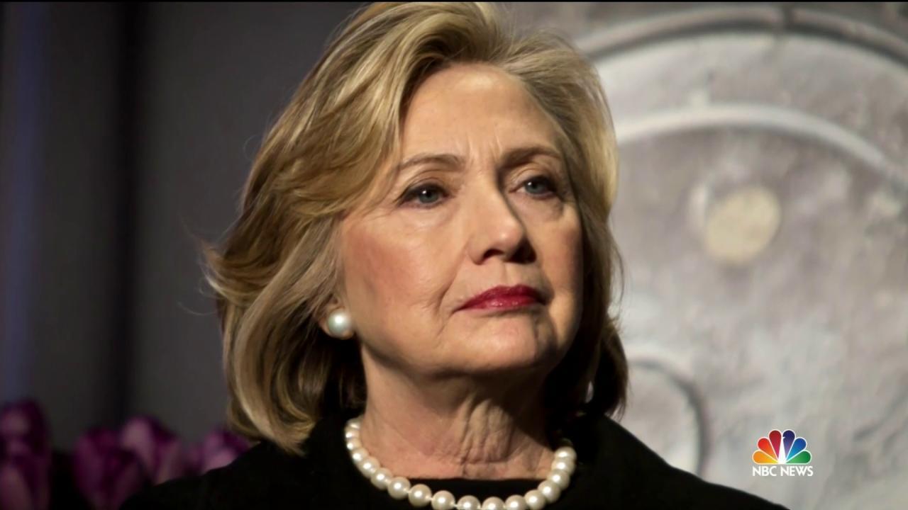 Clinton Takes Baton as Democratic Standard Bearer Tonight
