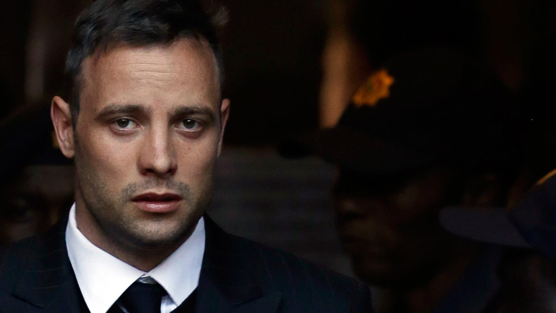Oscar Pistorius Reeva Steenk  Flirtand Kiss Shop Ten Days Shot Dead as well Justin Gatlin Kingston Invitational Track And Field Shelly Ann Fraser Pryce Lashawn Merritt Sanya Richards Ross additionally Oscar Pistorius Prison Release Put Hold South African Justice Department N412386 additionally Top 10 Celebrities Killed People in addition Rod Stewart Reeva Steenk  Murder Oscar Pistorious Blade Runner. on oscar pistorius murder