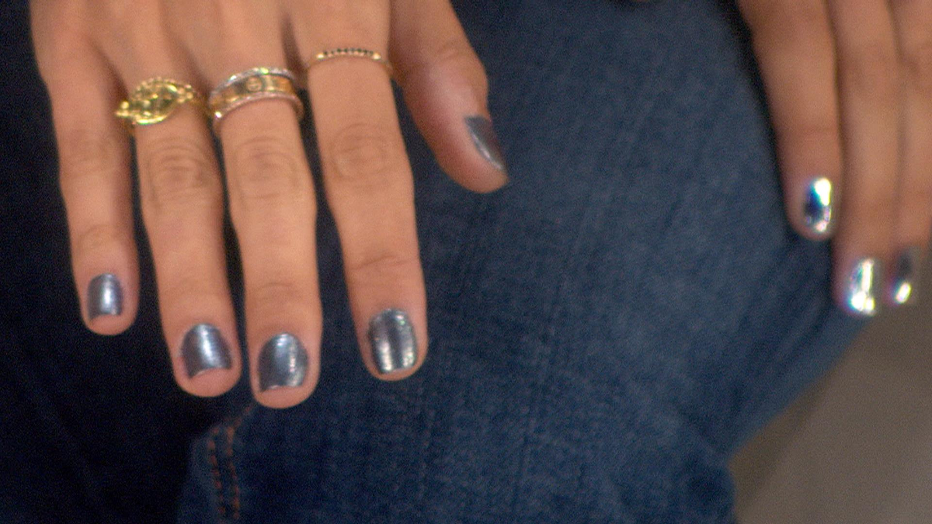 Chrome nails: Here\'s how to get the shiny new trend - NBC News