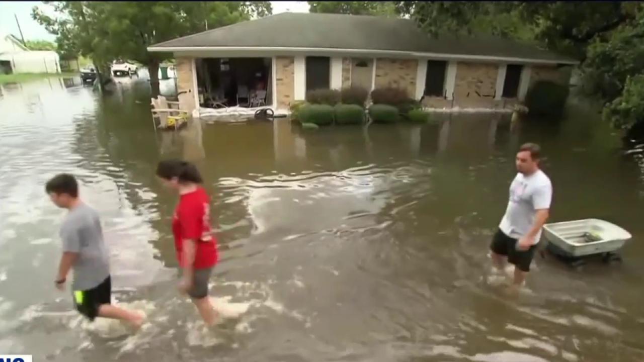 13 dead from historic Louisiana floods