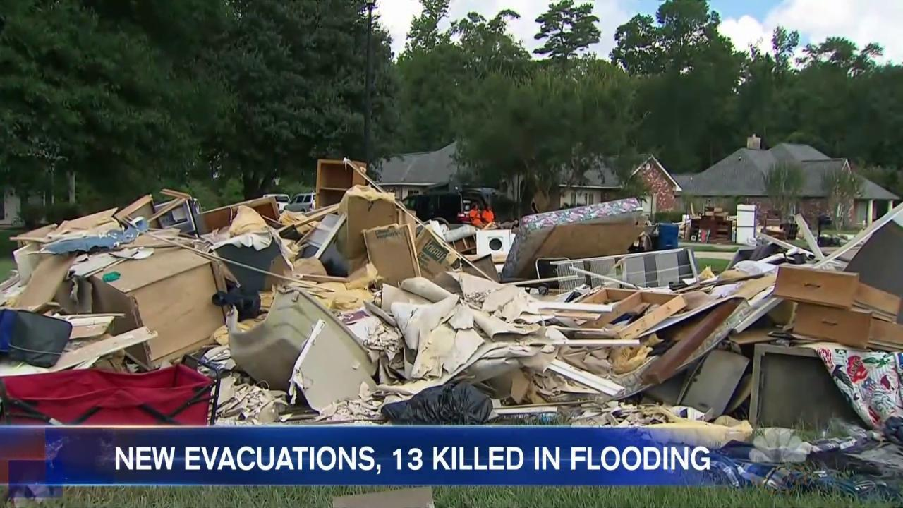 President Obama Faces Vacation Criticism as Louisiana Flood Develops