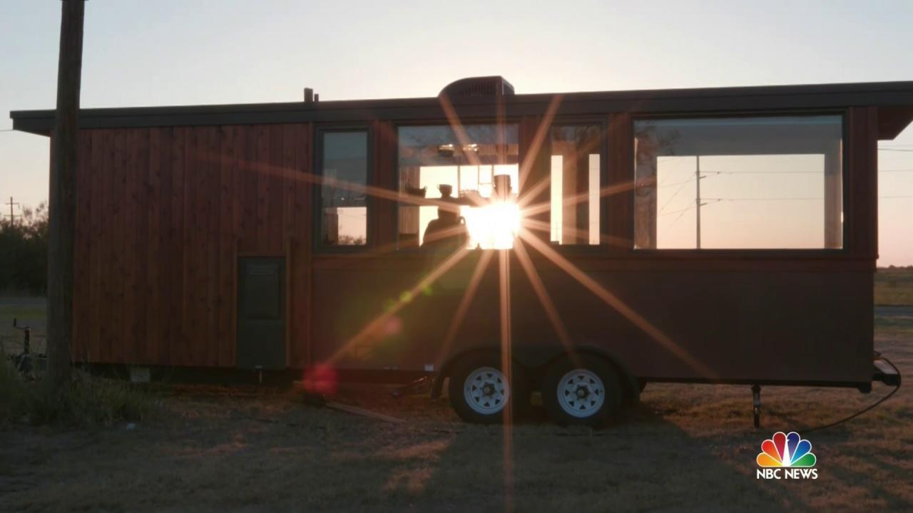 For This Texas Town, Tiny Houses May Signal a Return to Relevance