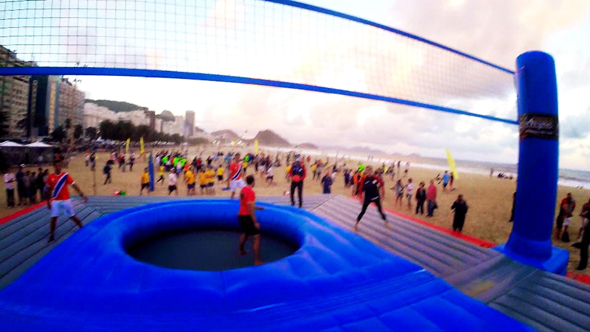 What is bossaball? See TODAY anchors compete on inflatable court
