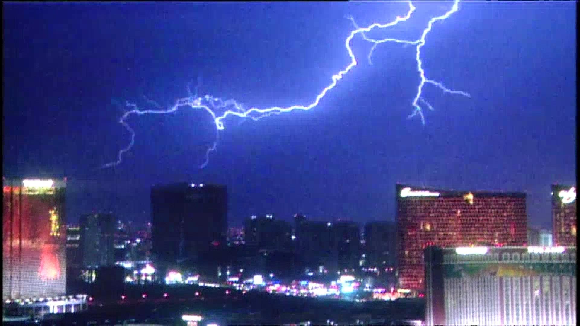 Lightning Dazzles Over Las Vegas Skyline Nbc News