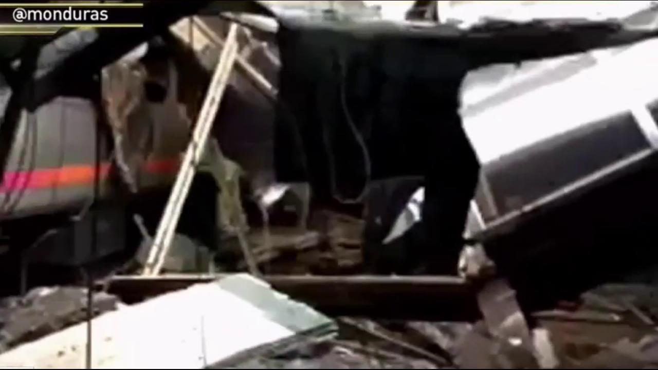 Passenger: 'Lady's leg caught between doors'