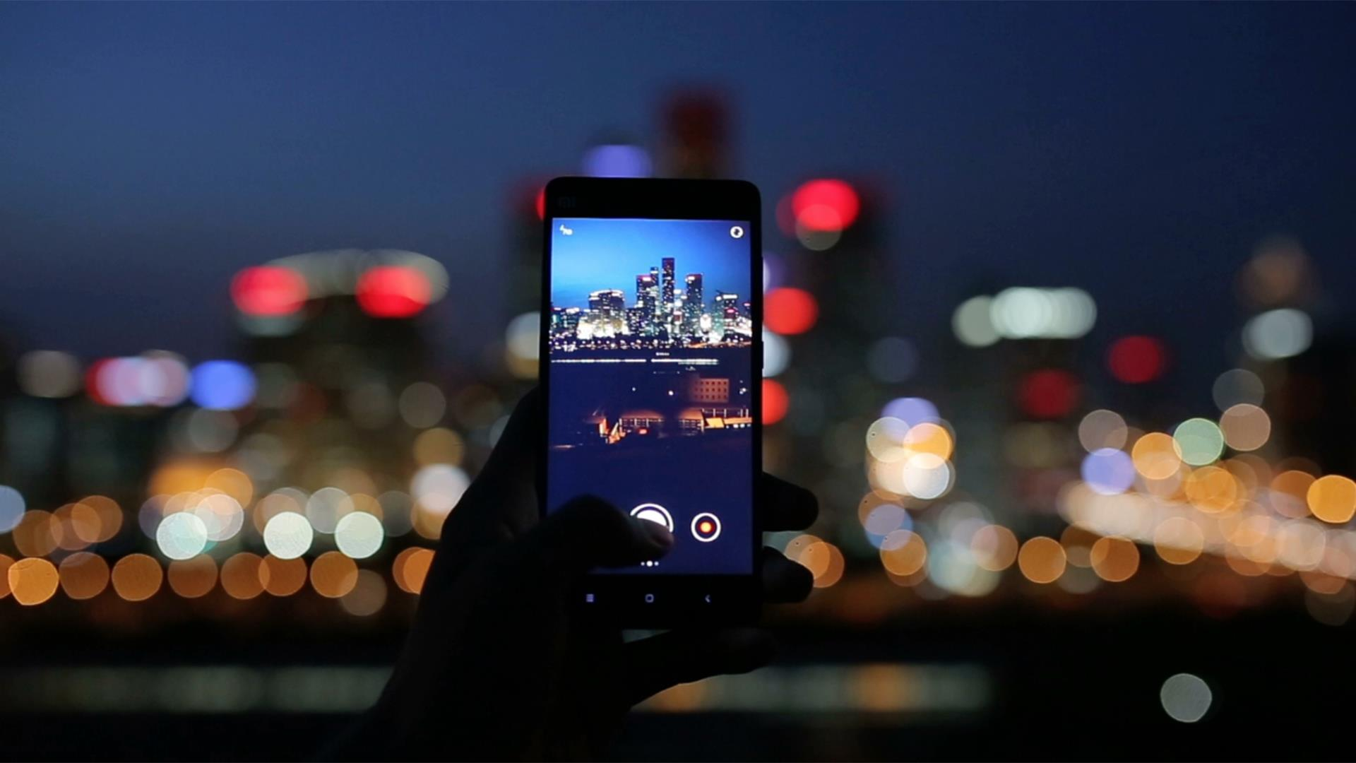 If Your Phone Is So Good, Do You Still Need a 'Real' Camera?