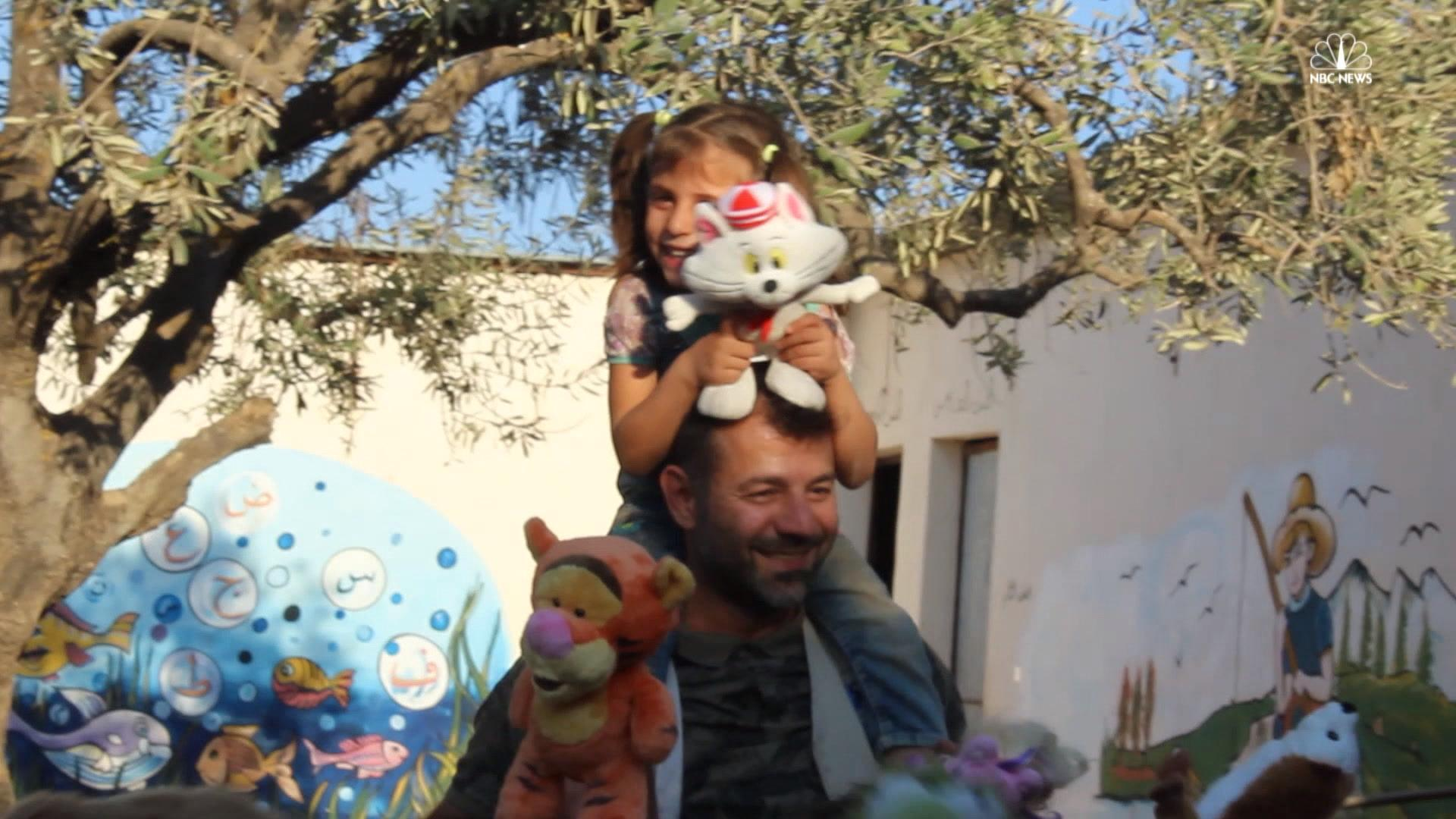 'Toy Smuggler' Brings Joy to Children in War-Torn Syria - NBC News